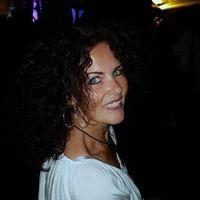 Avatar: Christina D.
